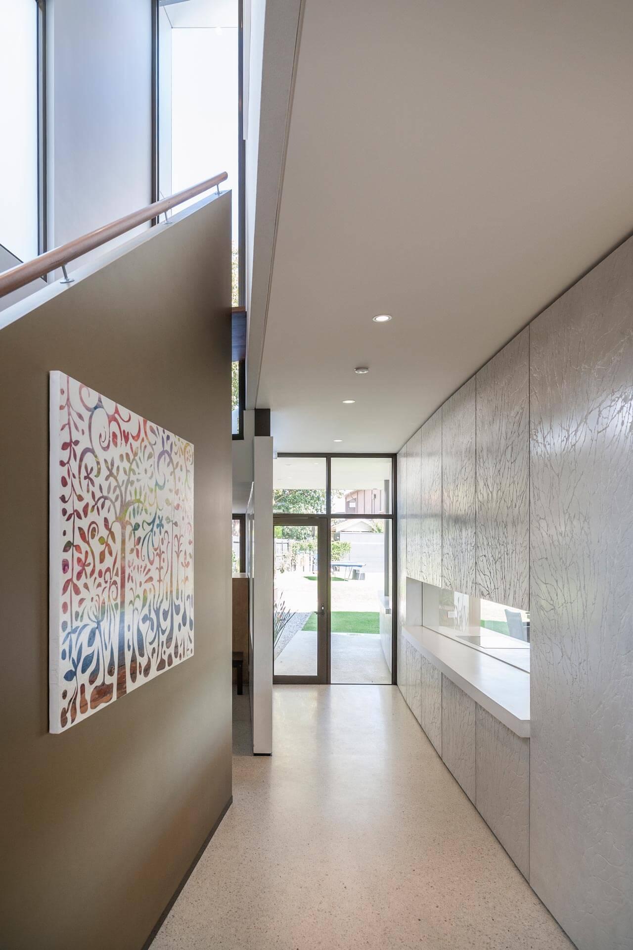 grc-environments-home-hawthorn-hallway2